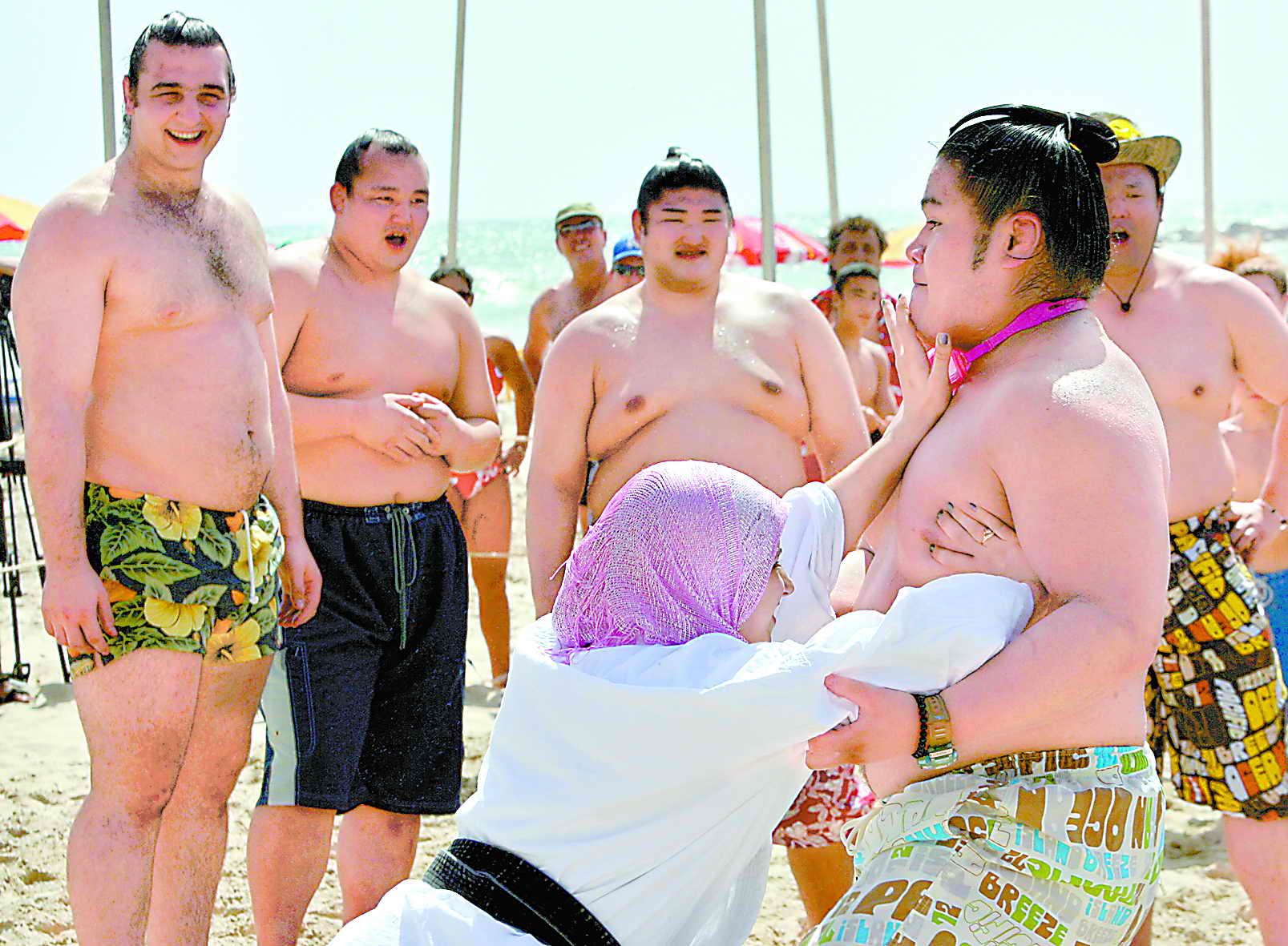 22岁日本空手道美女; 日本女相扑;
