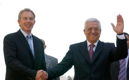 巴勒斯坦领导人阿巴斯愿无条件与以总理会谈