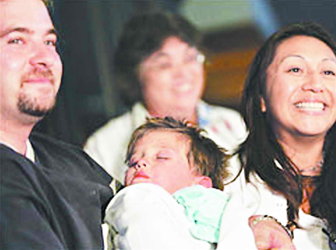 两岁宝宝上演生存奇迹