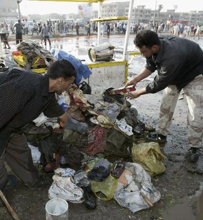 巴格达劳工市场遭炸弹袭击31死50伤(组图)