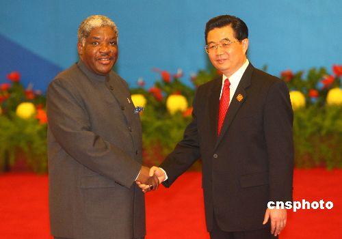 李肇星:中国元首访问赞比亚将惠及中赞人民