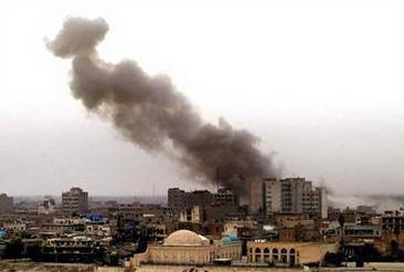 巴格达汽车炸弹爆炸130人死亡300多人受伤(图)