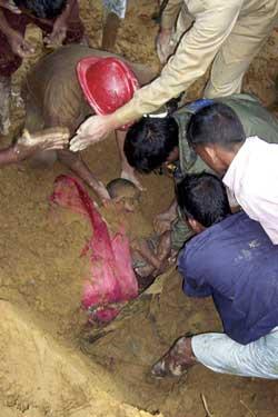 孟加拉国洪水吞噬99人季风时节将会持续到九月中旬