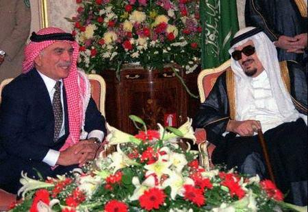 资料图片:法赫德与约旦已故国王侯赛因会谈