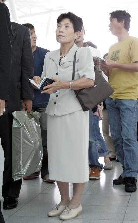 组图:被聂荣臻收养的日本遗孤启程前往北京