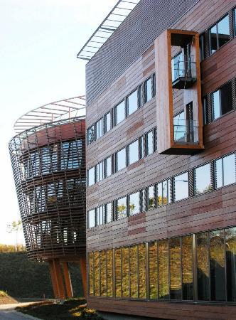 国际:[木制](2)感受芬兰图文现代办公楼室内几何设计图图片