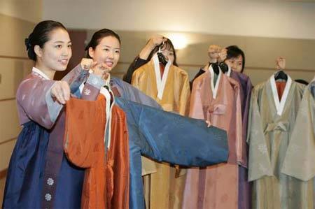 APEC领导人服装亮相图案象征古老文化(组图)