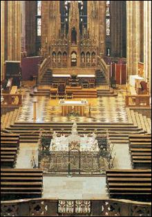 图文:圣维塔大教堂内部的精美装饰