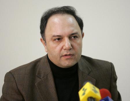 图文:伊朗国家原子能组织副主席对媒体讲话