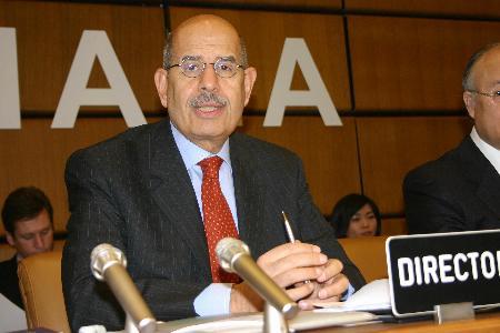 图文:巴拉迪出席国际原子能机构紧急会议