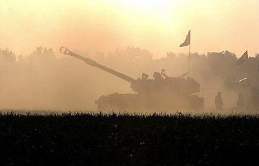 组图:以色列炮击加沙北部地区