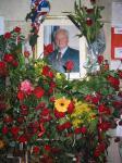 图文:贝尔格莱德市民纪念米洛舍维奇