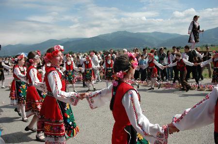 图文:保加利亚欢庆玫瑰节(3)
