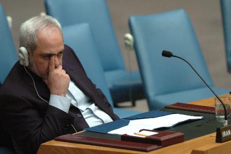 图文:伊朗常驻联合国代表参加安理会会议