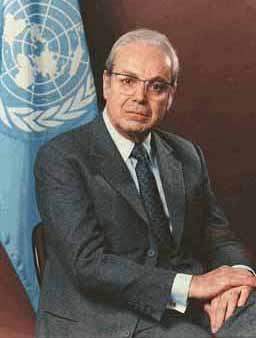 联合国第五任秘书长德奎利亚尔(组图)
