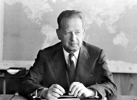 图文:联合国第二任秘书长哈马舍尔德图片档案