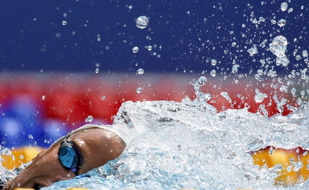法国选手马纳多在欧锦赛上获得800米第三