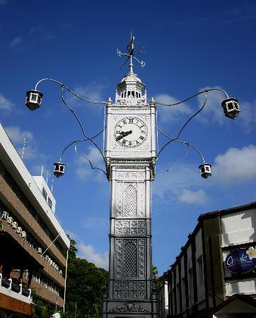 图文:塞舌尔首都维多利亚标志性建筑物钟塔