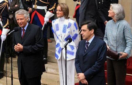 组图:菲永正式就任法国总理