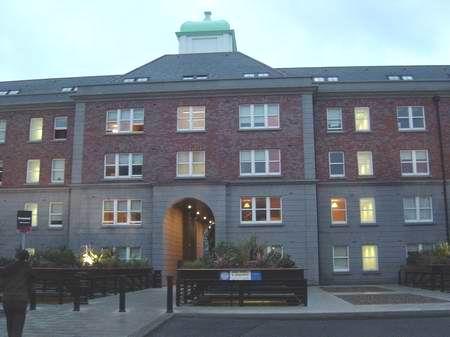 格里菲斯学院学生宿舍(附图)