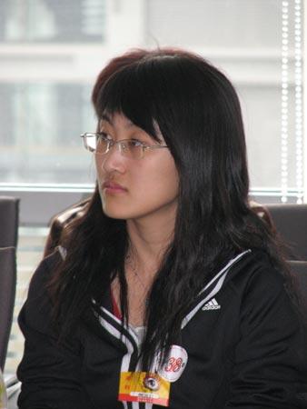 图文:2006年黑龙江文科状元魏冰在交流会上