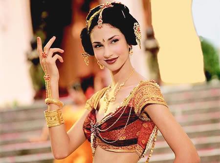 印度美女代言国产内衣