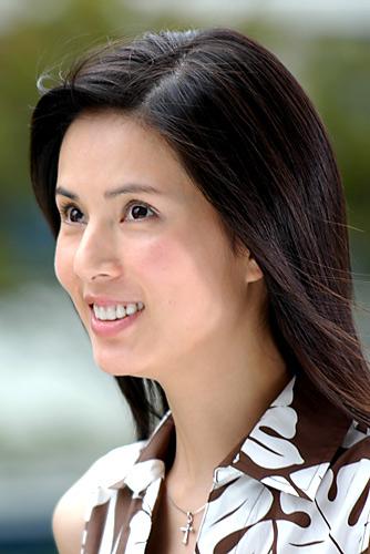 组图:电影《青花》女一号李若彤的精彩照片