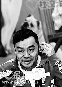 《万人迷》广州造势刘青云容祖儿互相吹捧(图)