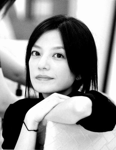 赵薇专访:要用专业歌手的标准要求自己(附图)