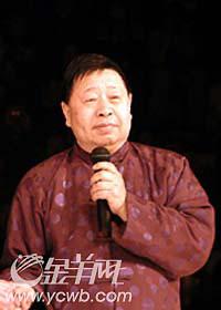 七旬艺术家被演出商摆上台马季否认要高价(图)