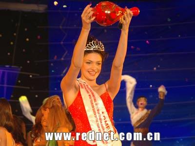 亚美尼亚小姐世界旅游小姐总决赛中夺冠(组图)
