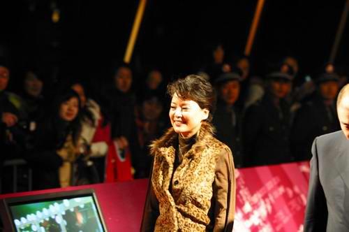 张瑜本命年回归电影拍鲁迅演许广平出钱出人