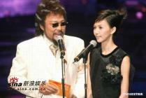 组图:2004电视金钟奖颁奖公共电视成大赢家