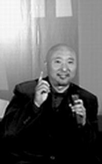 """陈佩斯与春晚""""理念冲突""""高八度音反串女声"""