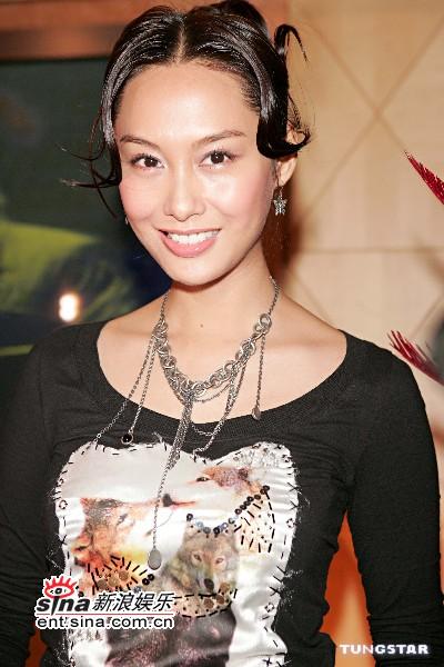10月21日最美女星:朱茵透露正在筹备新专辑