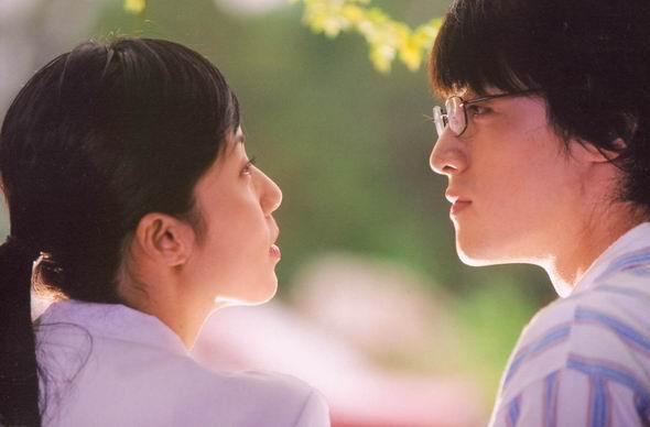 资料图片:电视剧《蒲公英》精彩剧照(25)
