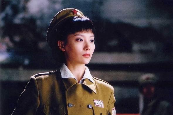 资料图片:电视剧《古城谍影》精彩剧照(22)
