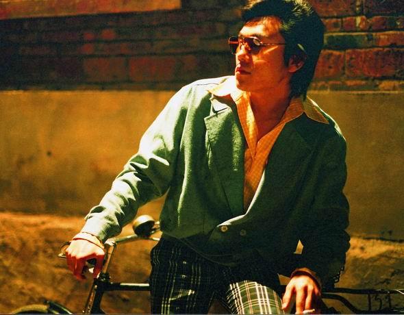 资料图片:演员秦昊在《青红》中精彩剧照(18)