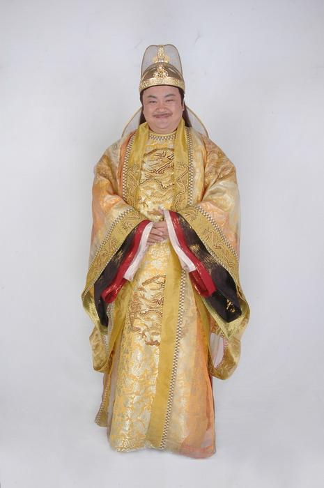资料图片:《醉打金枝》人物造型--皇帝(洪剑涛饰)