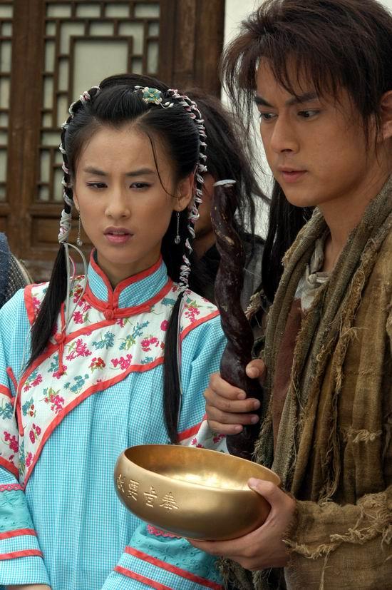 图文:黄圣依《功夫状元》变身野蛮女友使暴力(3)