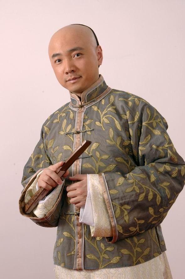 资料图片:电视剧《铜筋铁骨傻阿贵》精彩剧照(3)