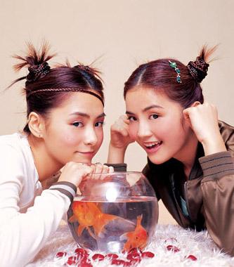 资料图片:Twins精彩写真(5)