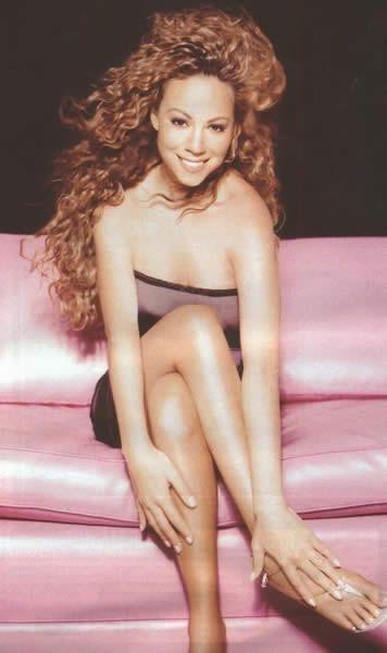 资料图片:流行女歌手玛丽亚-凯莉性感写真(5)