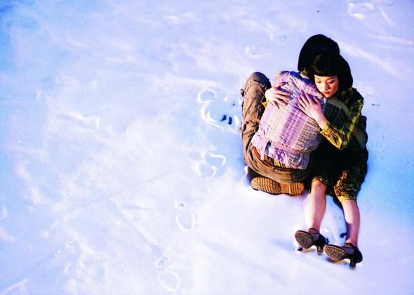 如果爱_《如果·爱》——金城武和周迅飘雪中的深情拥抱;; 《如果-爱》——