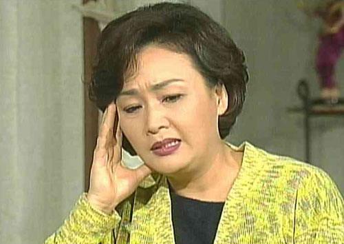 资料图片:韩国电视剧《看了又看》精彩剧照(18)