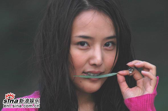 赵雪癹nm9�c9h�9�9g.��b_资料图片:赵雪莹精彩写真(6)