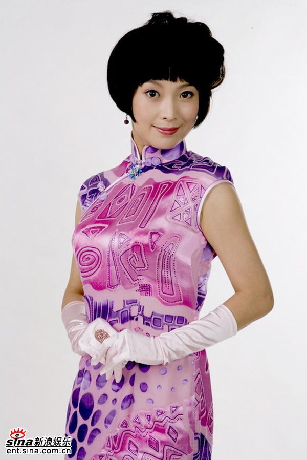 资料图片:《舞台姐妹》定妆照--苏岩(6)