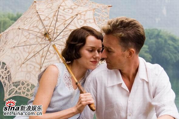 资料图片:中美合拍电影《面纱》剧照(5)