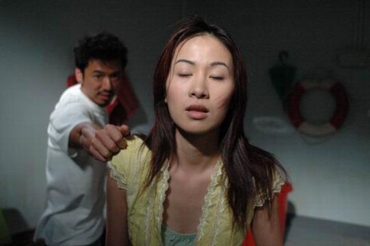资料图片:《情陷夜中环2》精彩剧照(13)