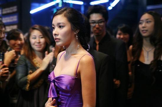 美女/资料图片:韩片《美女的烦恼》精彩剧照(27)...